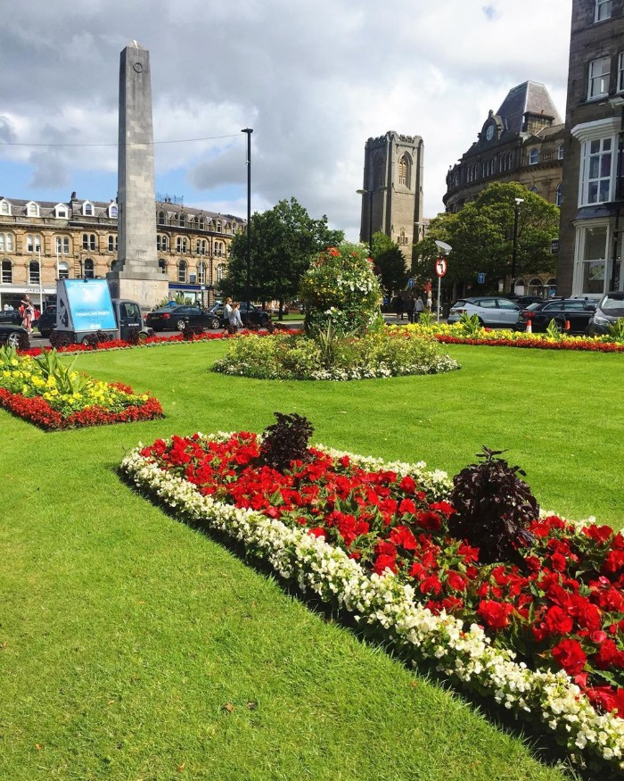 HARROGATE UK SUMMER BREAKS